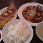 焼餃子と麻辛豆腐